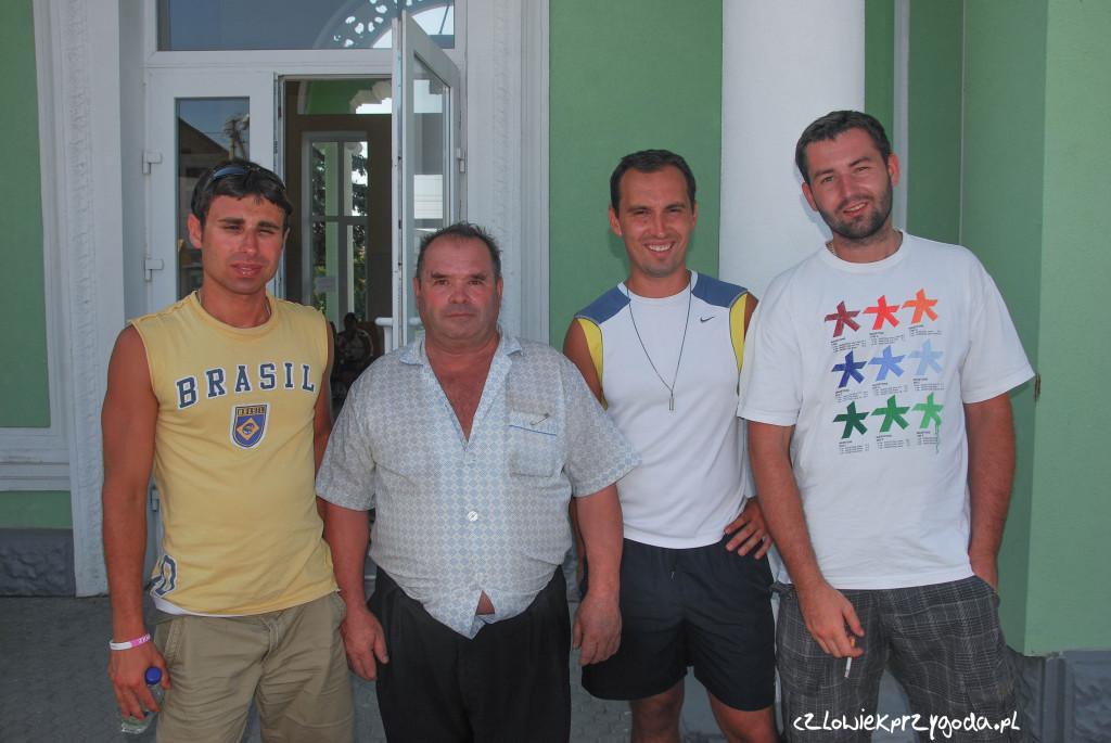 Pożegnalna fota z naszym ziomkiem spotkanym podczas podróży do Bakczysaraju