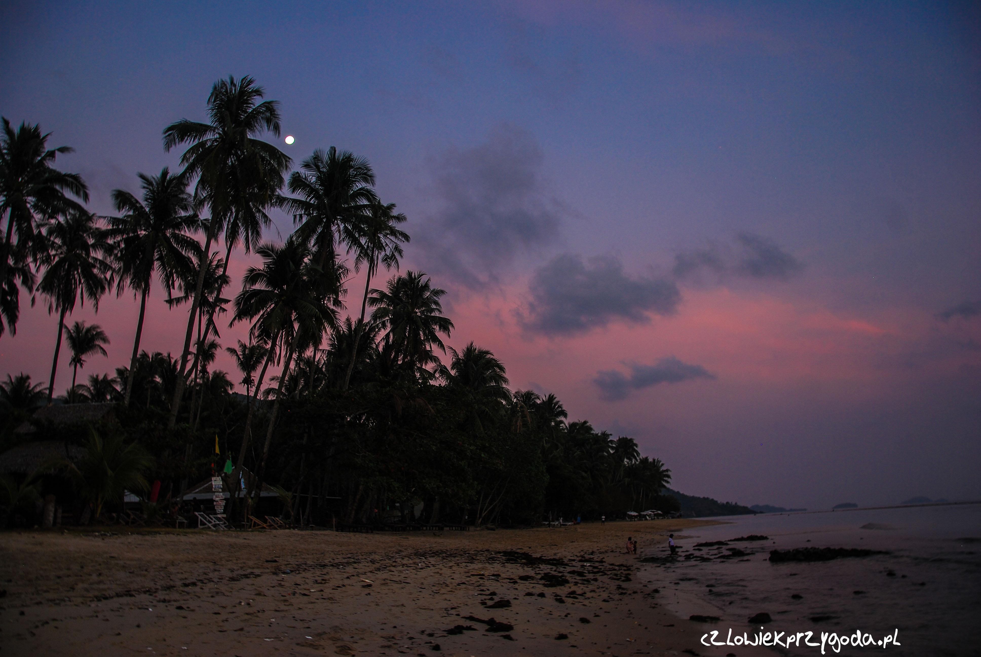 Zachód słońca na wyspie Słonia.