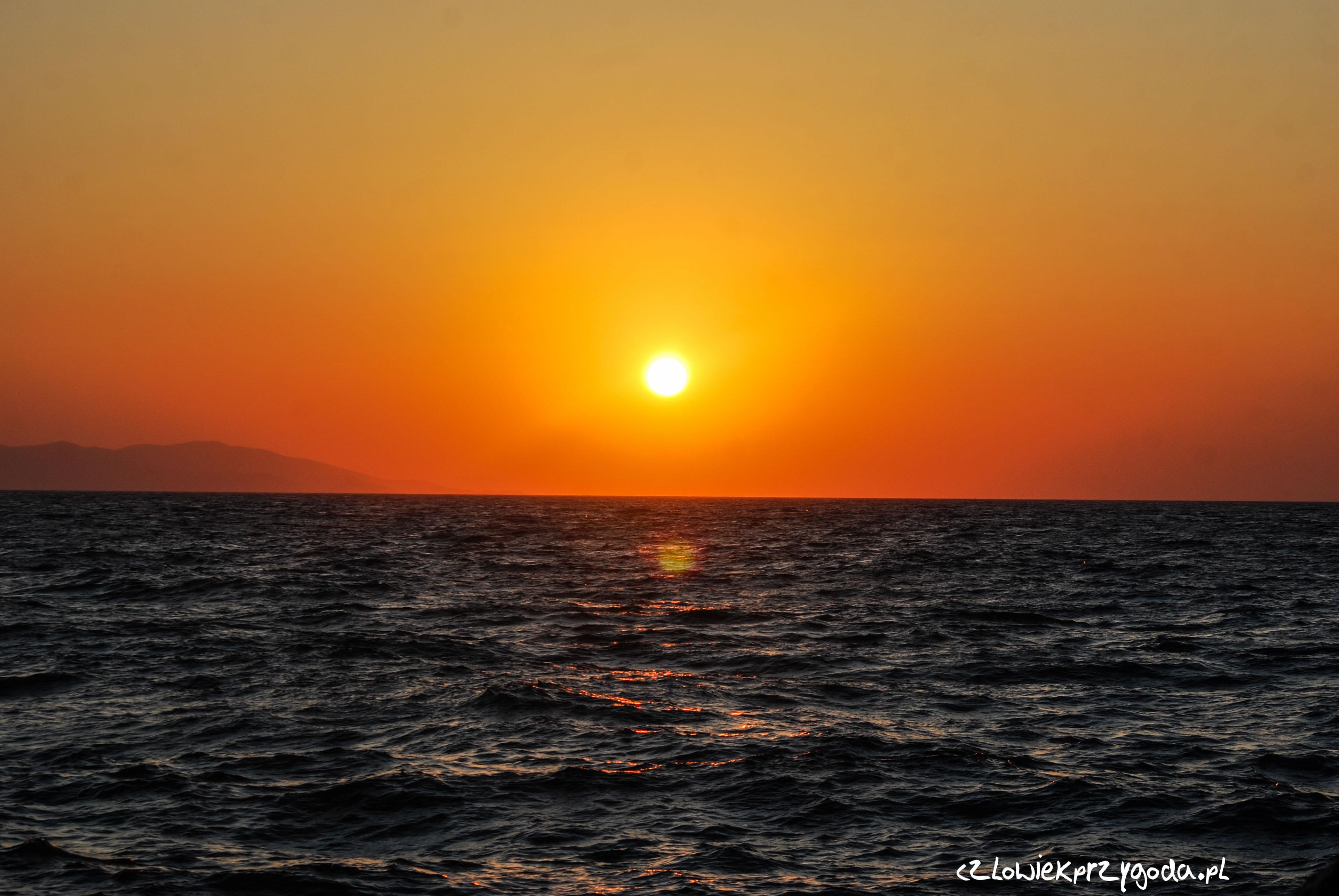 Zachód słońca na Krecie.