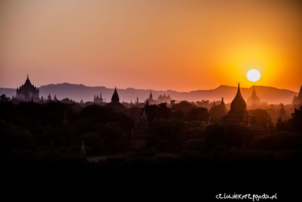 Do Baganu w Birmie mam tylko 224.57 km.