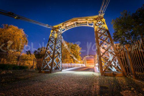 Most w Ozimku